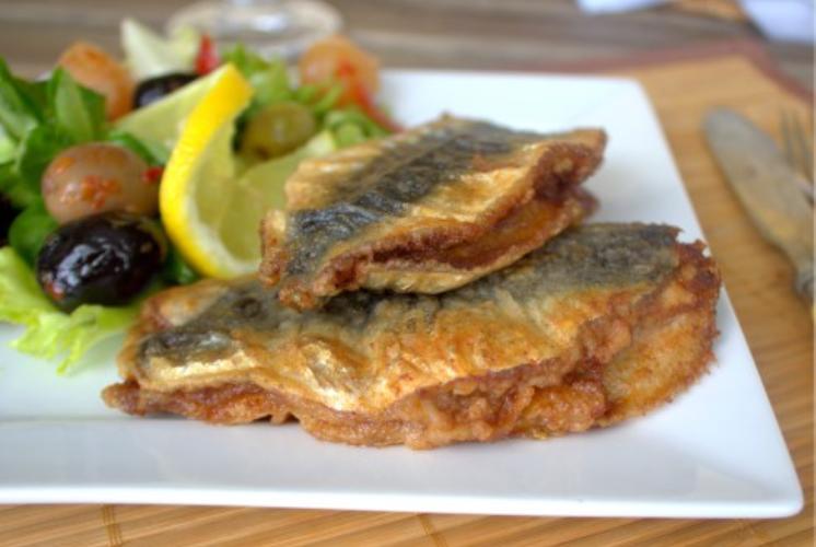 sardines farcies l 39 alg rienne avec du riz salade verte. Black Bedroom Furniture Sets. Home Design Ideas