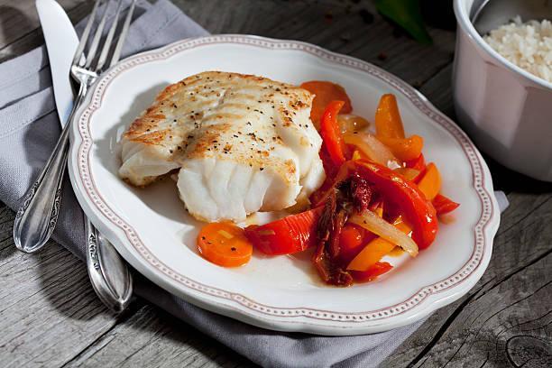 Filet de colin aux légumes grillés et piment séché