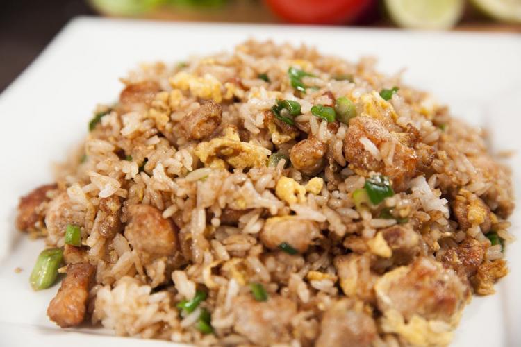 Arroz chaufa de pollo Tipakay