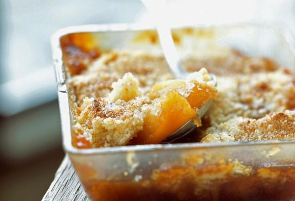 Crumble pêches menthe
