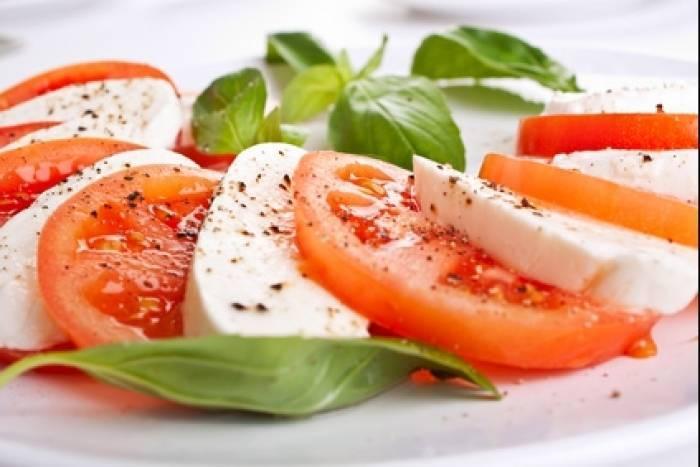 Salade caprese au pesto verde