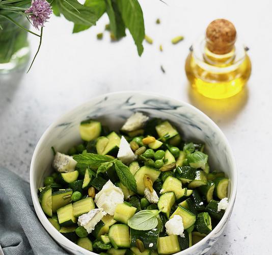 Salade de courgettes à la grecque (lactose)