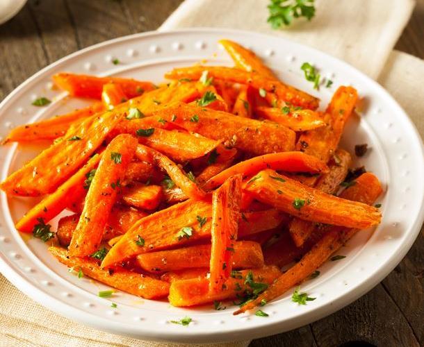 Salade de carottes au cumin, olives et citron confit