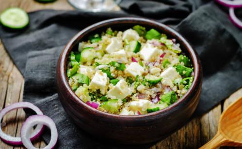 Salade de quinoa, légumes et féta