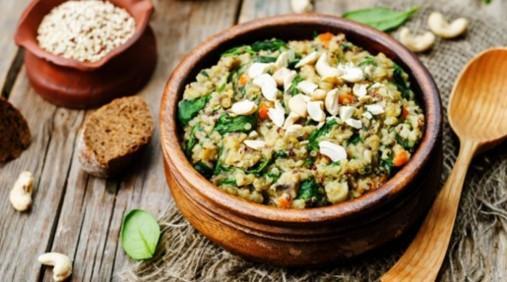 Salade de quinoa, maïs et lentilles au citron vert