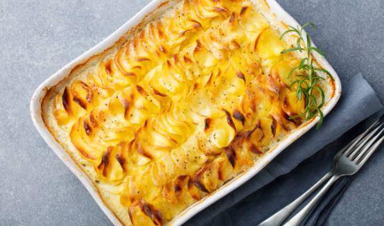 Gratin de pommes de terre à l'ancienne et crème au thym (lactose)