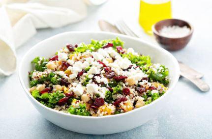 Salade de pois chiches, feta et quinoa