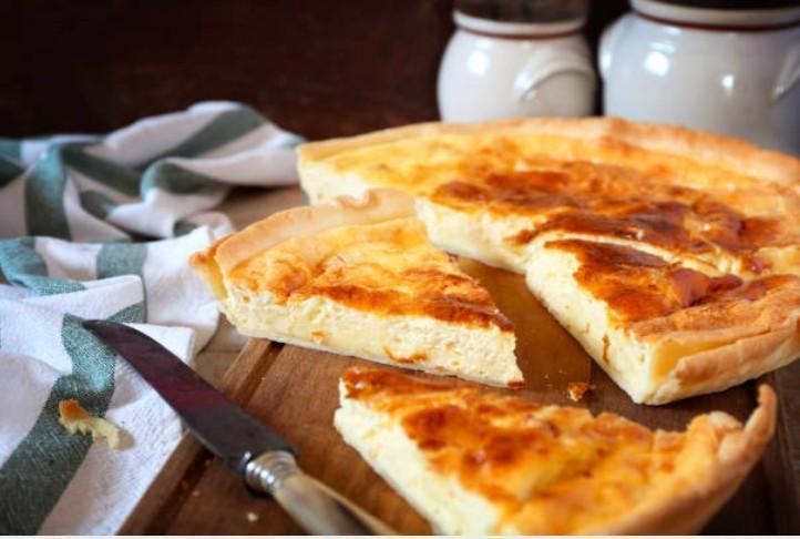 Tarte fine aux cinq fromages