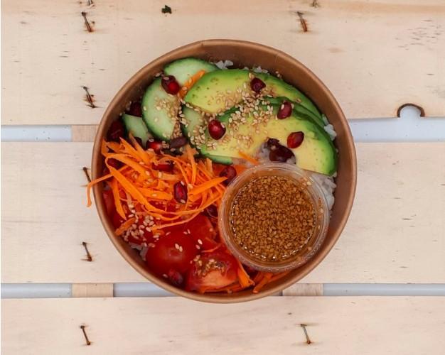 Poke bowl légumes et graines