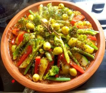 Tajine aux légumes verts et citron confit
