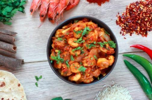 Crevettes et riz sautés au gingembre
