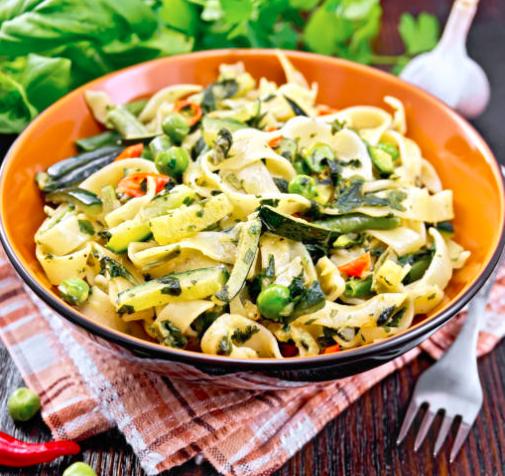Tagliatelles légumes et graines