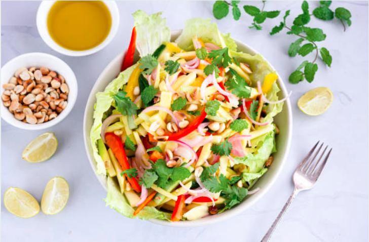 Salade thaï poulet et citron vert