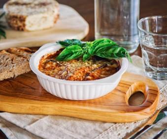 Gratin d'aubergine, pistache et fromage blanc