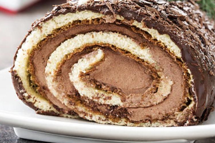 Spécial Noël : Bûche poire chocolat praliné