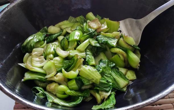 Poêlée de légumes verts et mil cassé