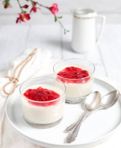 Panna cotta fraises et menthe