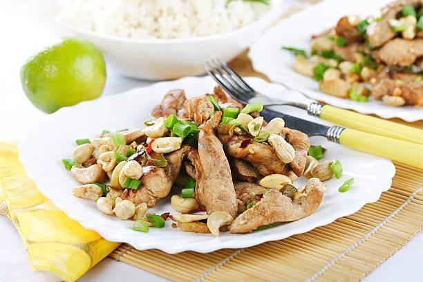 Noodles poulet saté