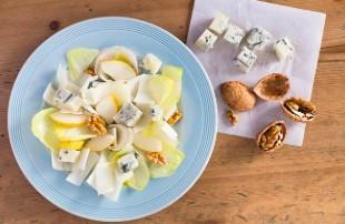 Salade d'endives roquefort et figues sèches