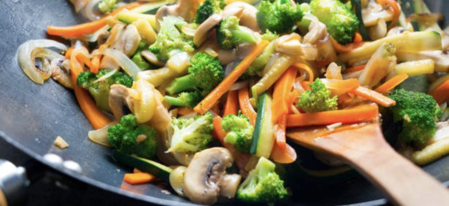 Wok aux légumes et au chèvre