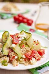 Poke bowl printanier au quinoa