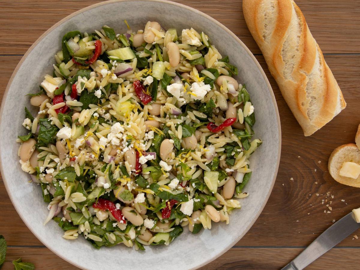 Salade orzo fèves et féta