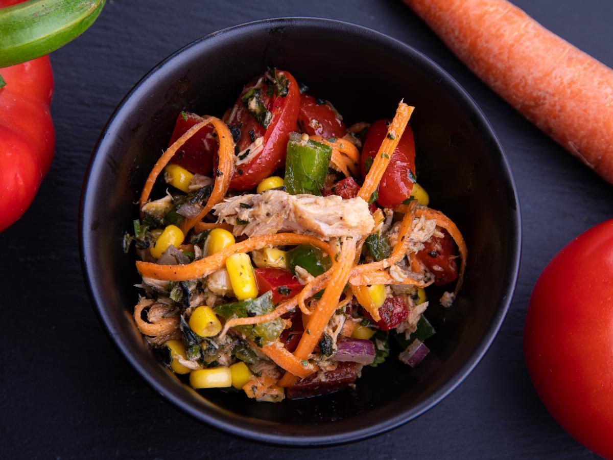 Salade composée thon et basilic thaï