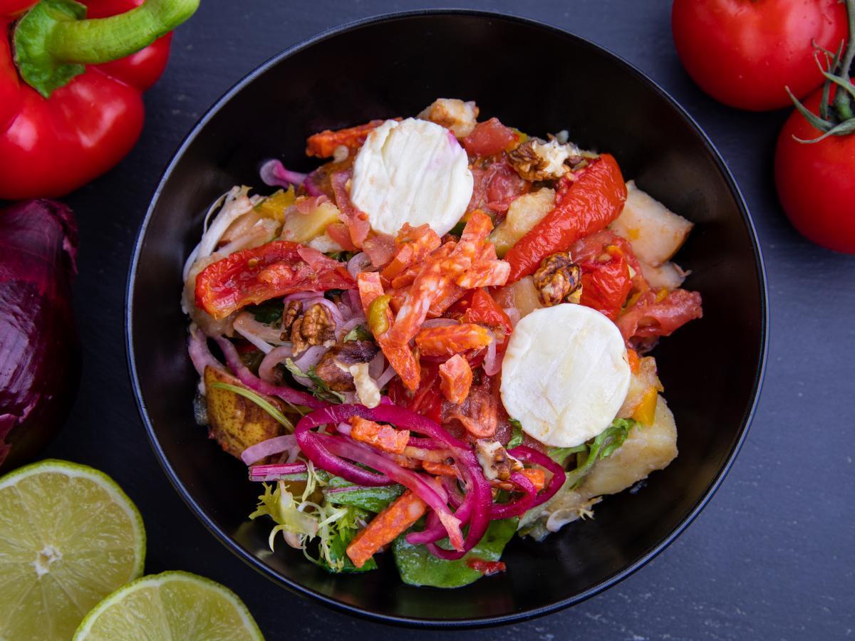 Grande salade chèvre chorizo