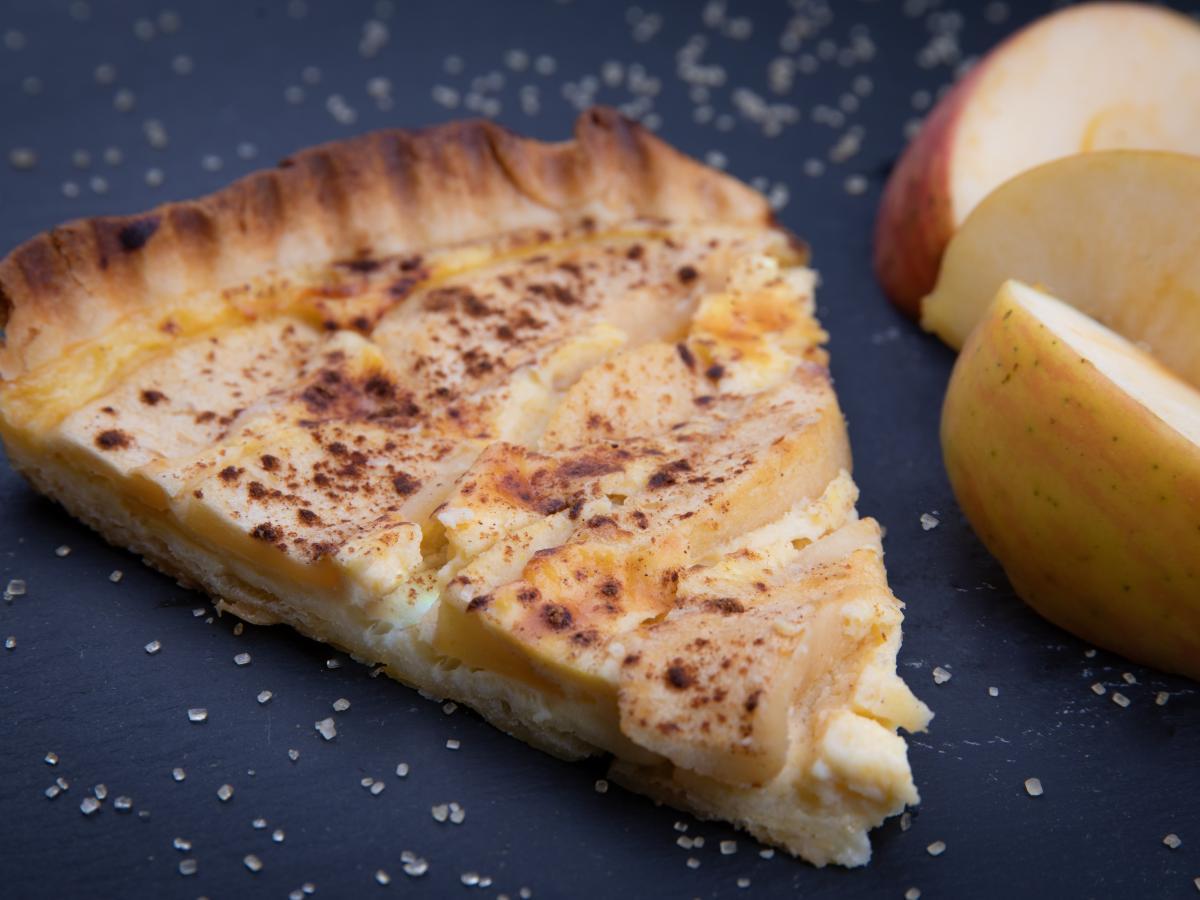 Tarte fine aux pommes à la cannelle