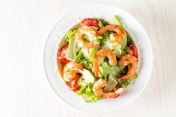 Grande salade hawaïenne