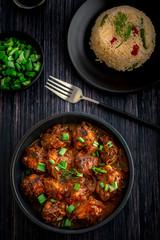 Manchurian de légumes et riz sauté à l'ail
