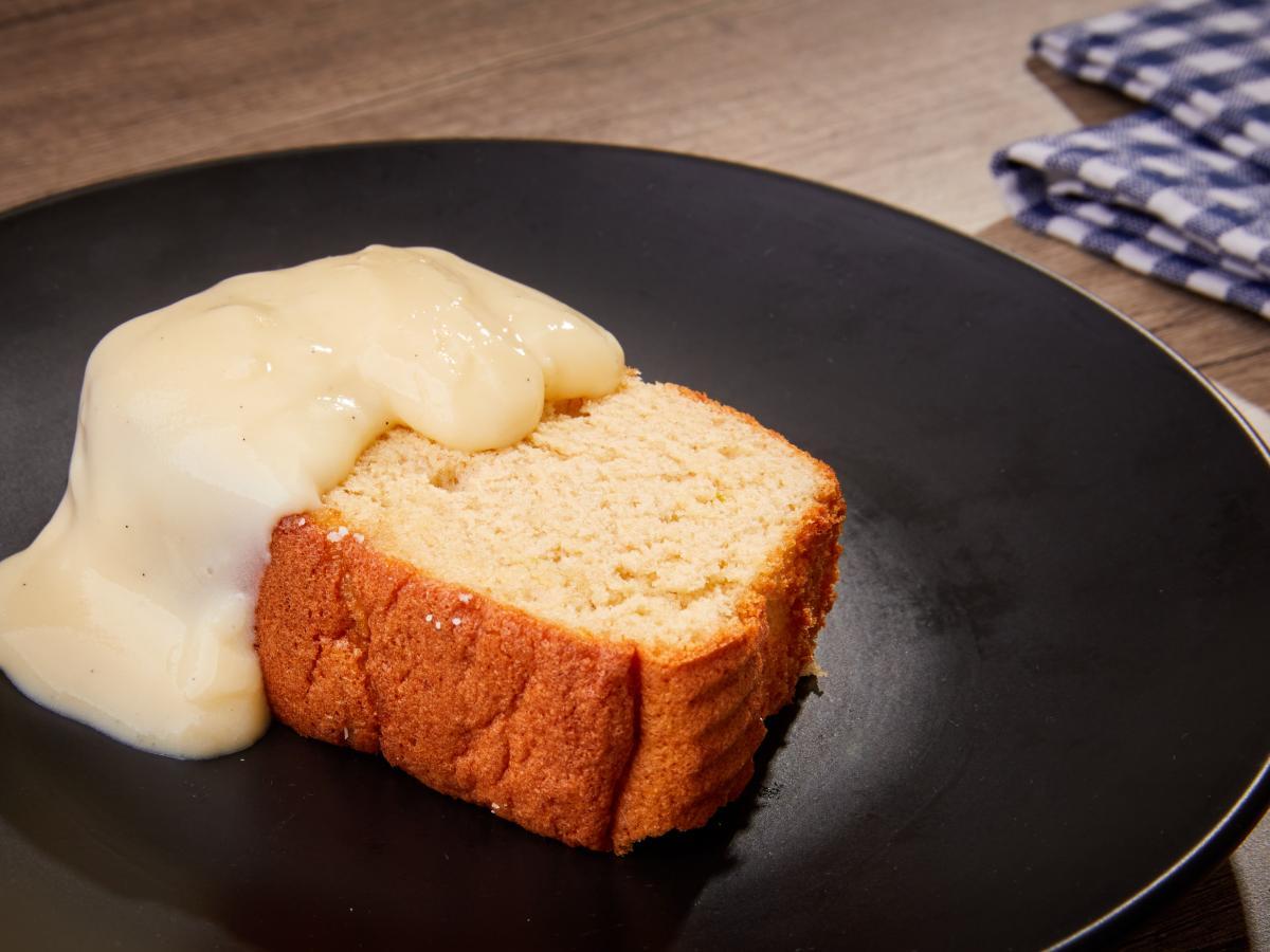 Gâteau fouetté crème anglaise