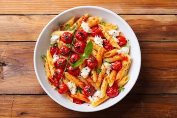 Salade de tagliatelles poivron mozzarella