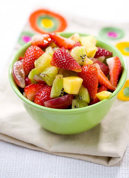 Salade de fruits eau de rose et graines de chia