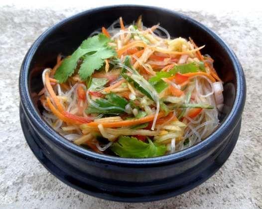 Salade thaïe aux vermicelles