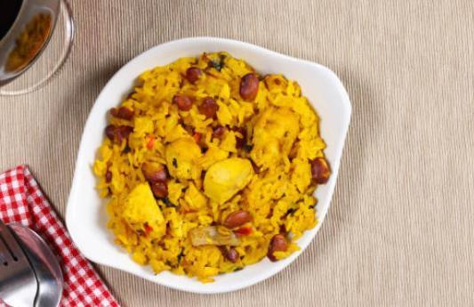 Riz sauté créole au poulet et aux haricots rouges